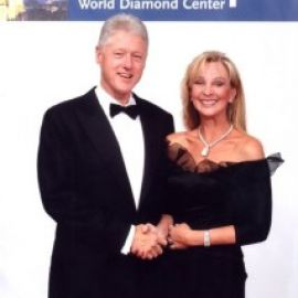 Diane with President Clinton in Antwerp; World Diamond Center